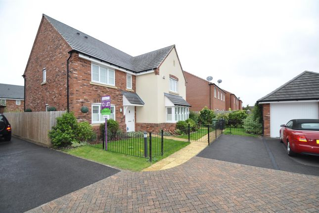 Thumbnail Property to rent in Lawley Way, Droitwich