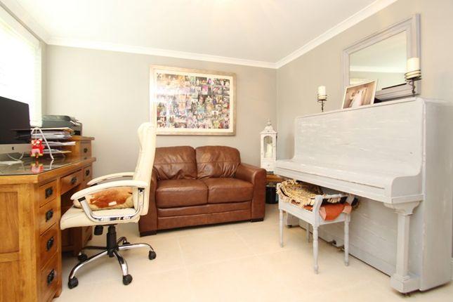 Picture No. 11 of Crewes Avenue, Warlingham, Surrey CR6