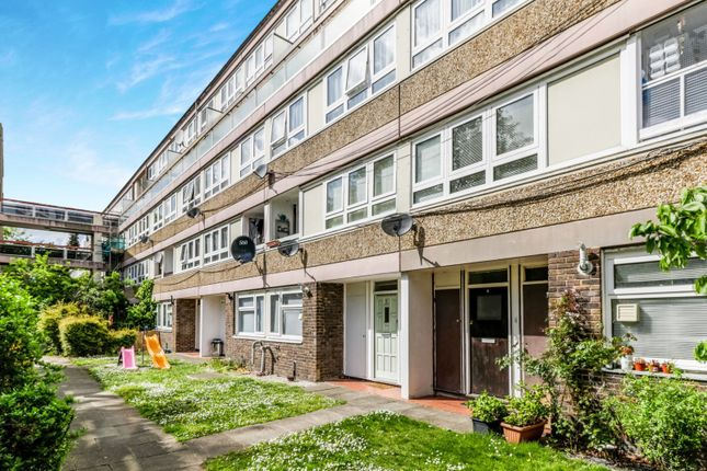 Thumbnail Flat to rent in Excelsior Close, Norbiton, Kingston Upon Thames