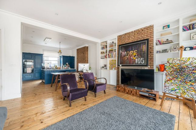 Thumbnail Flat to rent in St Quintin Avenue, North Kensington