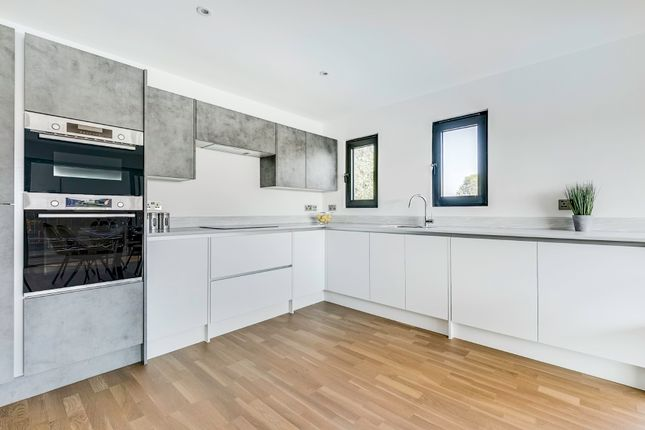 2 bed flat for sale in Cowdrey Road, London SW19