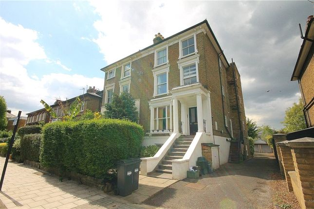 Thumbnail Flat to rent in Oxford Road North, Chiswick, London