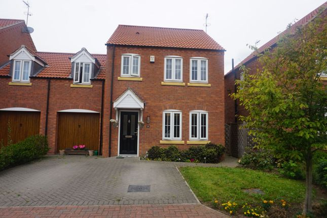 Front of New Forest Way, Kingswood, Hull HU7