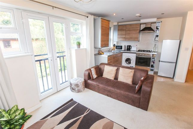 Living Kitchen of Ashby Grove, Loughborough, Leicestershire LE11