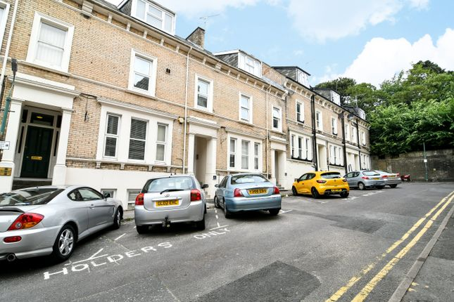Thumbnail Flat to rent in Verulam Place, Bournemouth