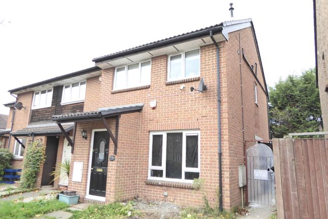 Thumbnail 2 bed maisonette to rent in Ruskin Way, Colliers Wood
