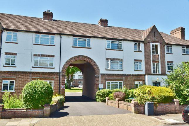 Thumbnail Flat to rent in Manor Road, Twickenham