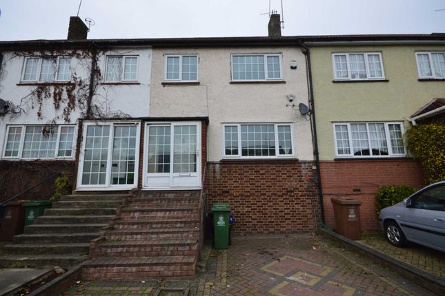 Thumbnail Property to rent in Rushdene, London
