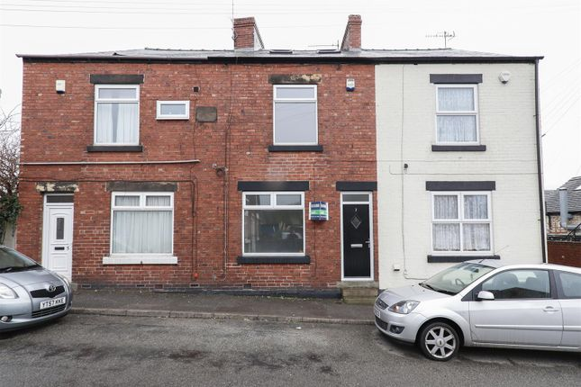 Thumbnail Terraced house to rent in 3 Barker Lane, Chatsworth Road, Chesterfield