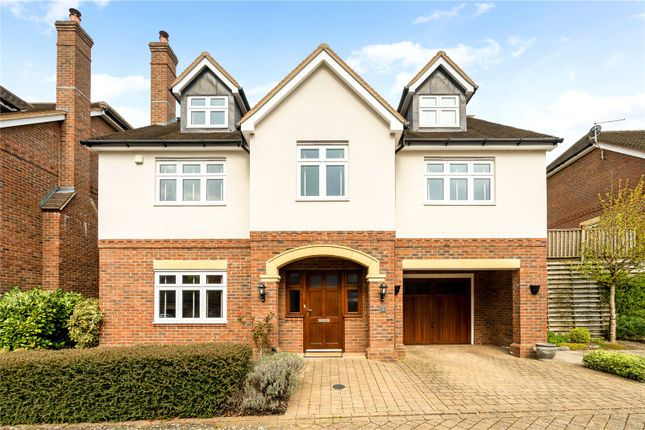 Thumbnail Detached house for sale in Middlefield Close, Chipstead, Coulsdon, Surrey