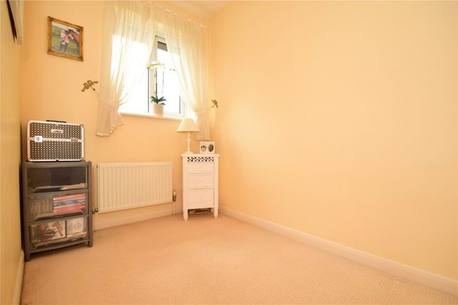 Bedroom of St Lukes Close, Swanley, Kent BR8