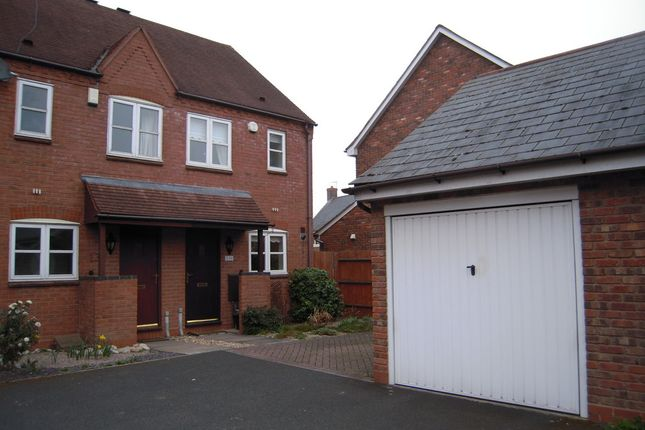 Thumbnail Town house to rent in Dickens Heath Road, Dickens Heath, Solihull
