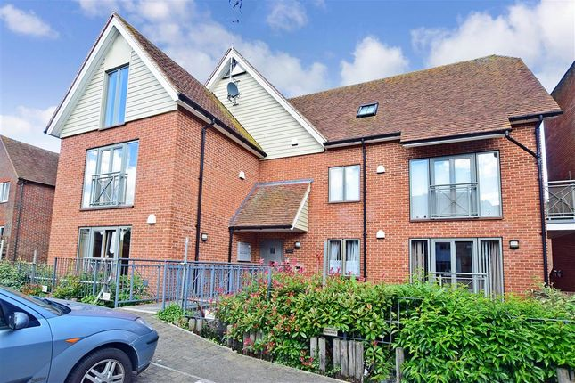 Thumbnail Flat for sale in Adelaide Place, Canterbury, Kent