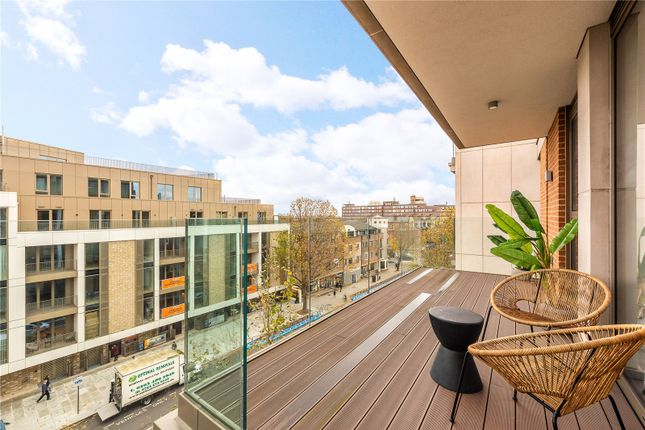 Thumbnail Flat for sale in Balham High Road, London