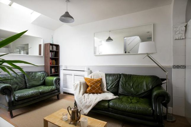 Thumbnail Detached house to rent in Arnhem Way, London