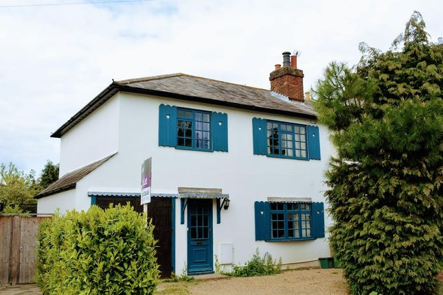 4 bed semi-detached house to rent in West Hill, Epsom KT19
