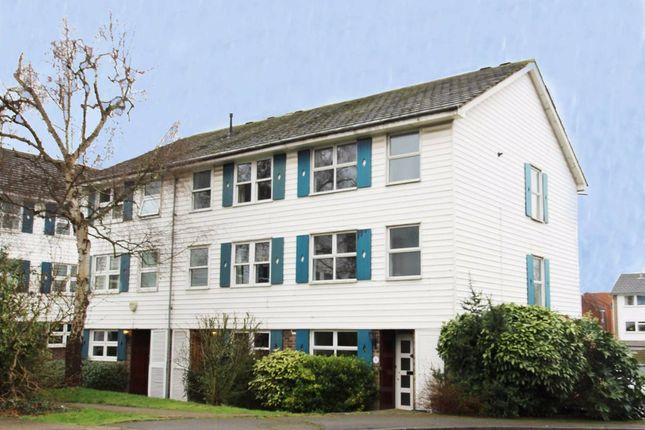 Thumbnail Property to rent in Berystede, Kingston Upon Thames
