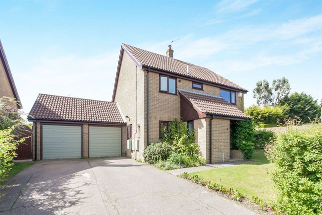 Thumbnail Detached house for sale in Owls Retreat, Colchester