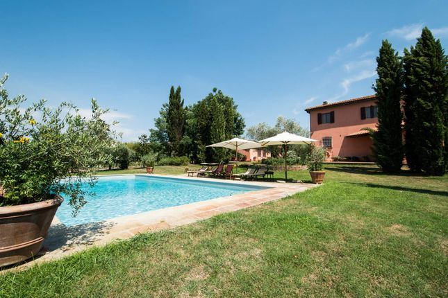 5 bed town house for sale in Crespina, Crespina, Italy