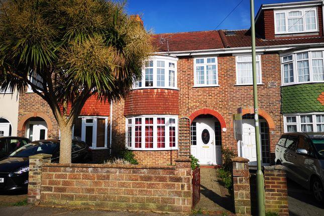 Lovely House of Vale Grove, Gosport PO12