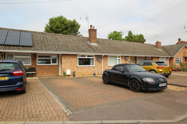 Thumbnail Terraced bungalow for sale in Holme Close, Oakington, Cambridge