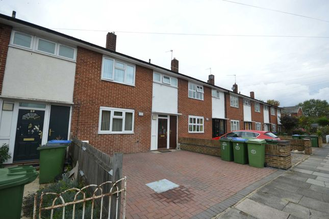 Thumbnail Property for sale in Grovebury Road, London