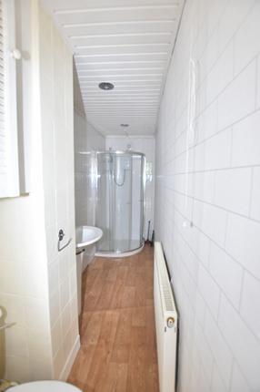 Shower Room of 3 Macdougall Street, Greenock PA15