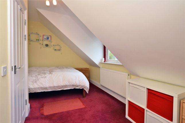 Picture No. 12 of Brinkley Court, 32 Brinkley Road, Worcester Park KT4