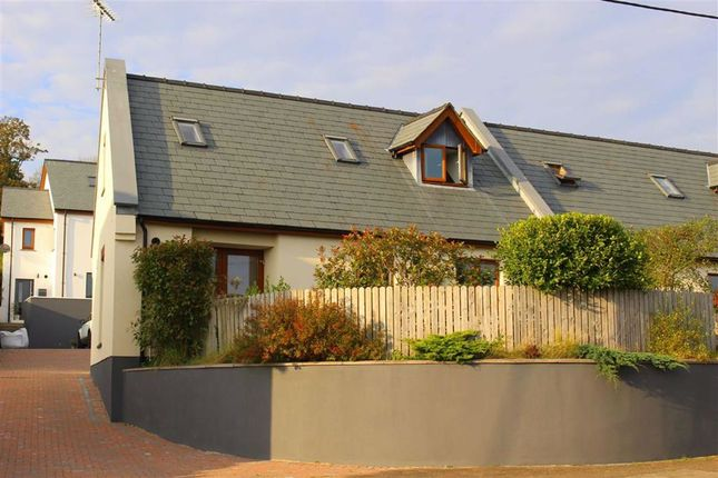 3 bed semi-detached bungalow for sale in Carmarthen Road, Kilgetty SA68