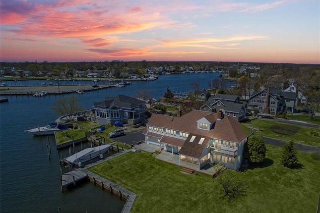 Thumbnail Property for sale in West Islip, Long Island, 11795, United States Of America