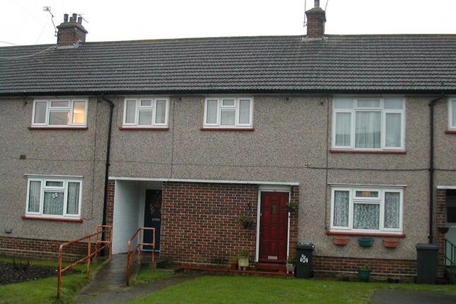 Thumbnail Maisonette to rent in Lower Cippenham Lane, Cippenham, Slough