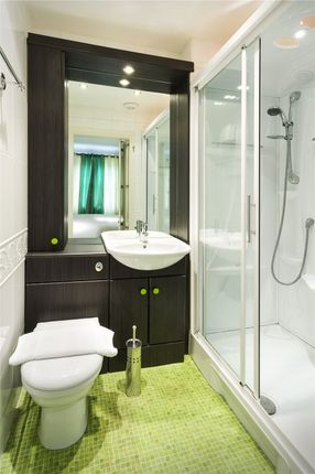 Shower Room of 7.13 Gentle's Entry, City Centre, Edinburgh EH8