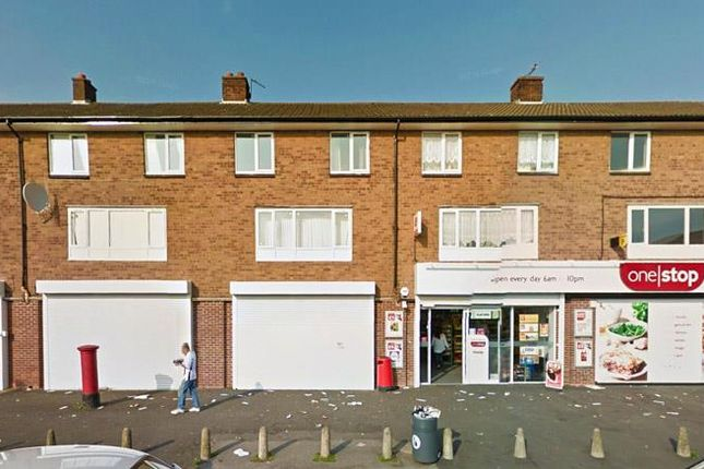 Thumbnail Flat to rent in Cresswell Crescent, Bloxwich, Walsall