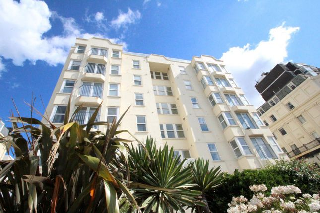 Thumbnail Flat to rent in Kingsley Court, Kings Road, Brighton