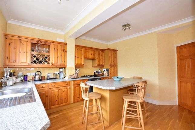Thumbnail Terraced house for sale in Eastcote Road, Welling, Kent