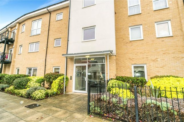 2 bed flat for sale in Tean House, Havergate Way, Reading RG2