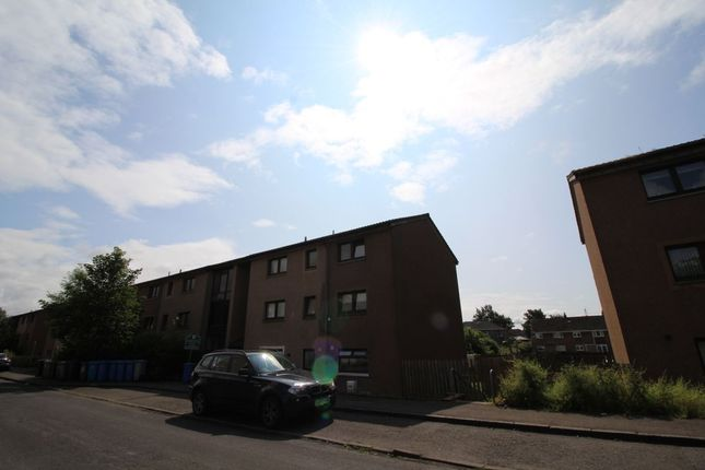 Thumbnail 2 bed flat to rent in Overton Crescent, Denny