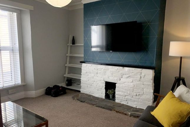 Room to rent in Clifton Place, Plymouth PL4