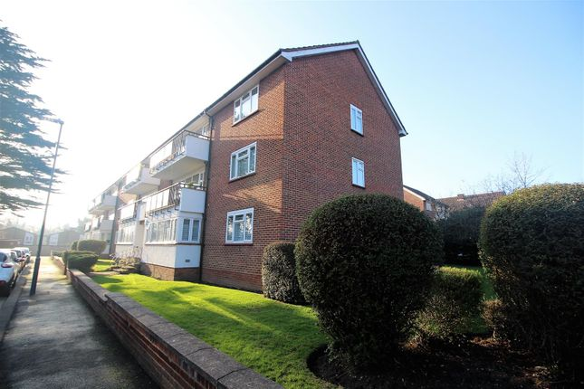 Thumbnail Flat to rent in Calthorpe Gardens, Edgware