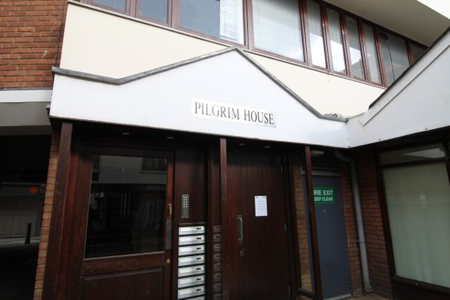 1 bed flat to rent in Pilgrim House, Hertford SG14