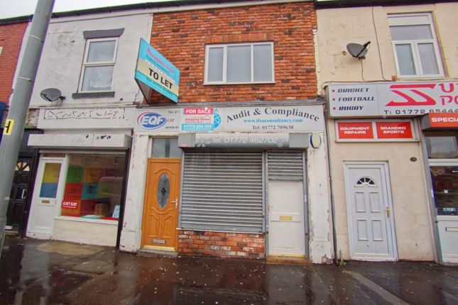 Retail premises to let in New Brook Houses, New Hall Lane, Preston