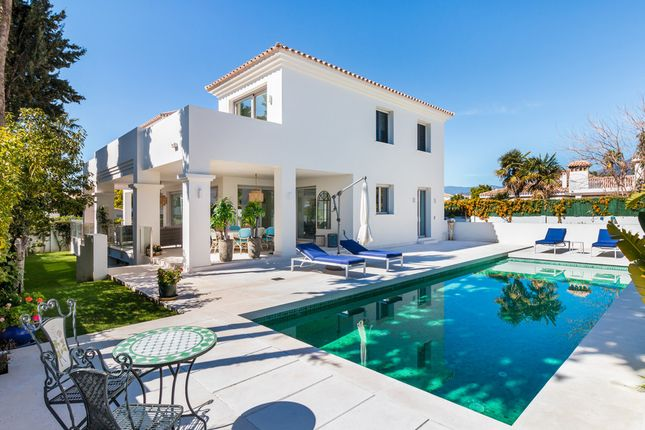 Villa for sale in Cortijo Blanco, Costa Del Sol, Spain
