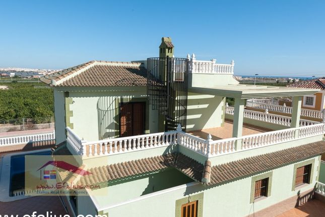 4 bed villa for sale in Torrevieja, Torrevieja, Torrevieja