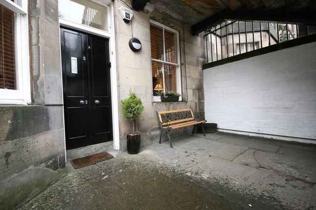 Thumbnail Flat to rent in Palmerston Place, Edinburgh