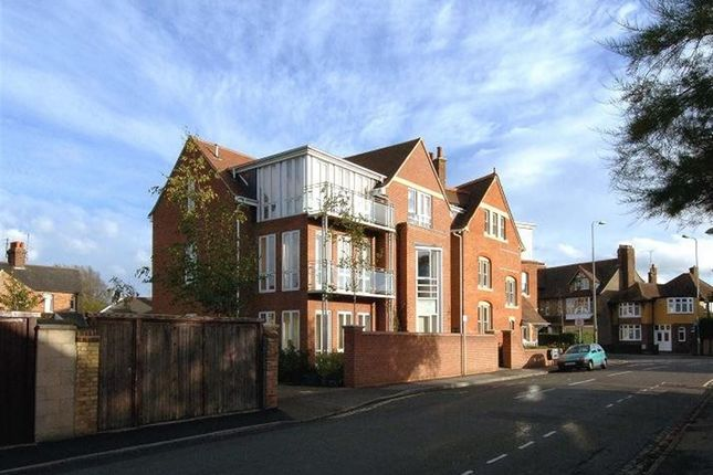 Thumbnail Flat to rent in Botley Road, Oxford