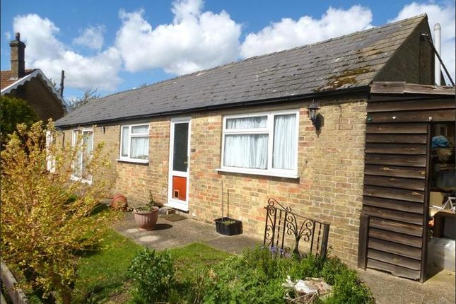 Thumbnail Bungalow to rent in Ramsey Road, Ramsey Forty Foot, Huntingdon