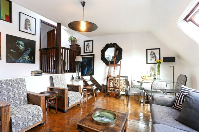 2 bed flat for sale in New Kings Road, Fulham, London, UK SW6
