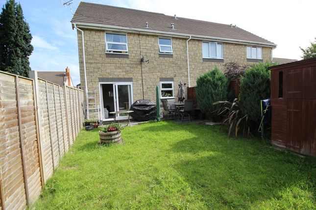 Thumbnail Terraced house to rent in Hawthorn Crescent, Yatton, Bristol