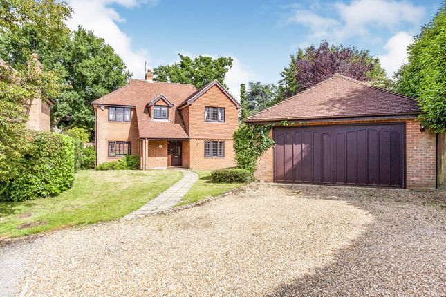 Thumbnail Detached house to rent in Kinghorn Park, Maidenhead