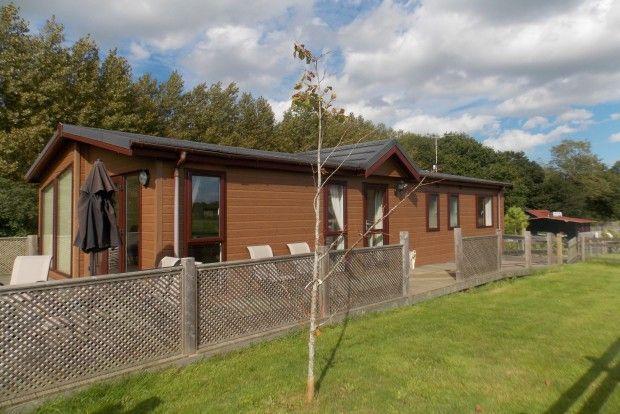 Thumbnail Detached house to rent in Headcorn Road, Biddenden, Ashford